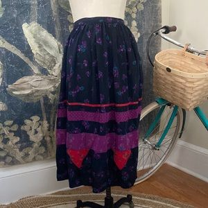 Silk Saint Tropez West Carole Little tassel skirt